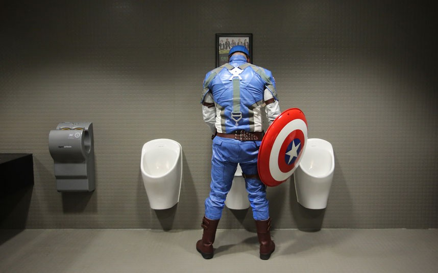 telegraph-super-2013-cosplay-captain-america-ok