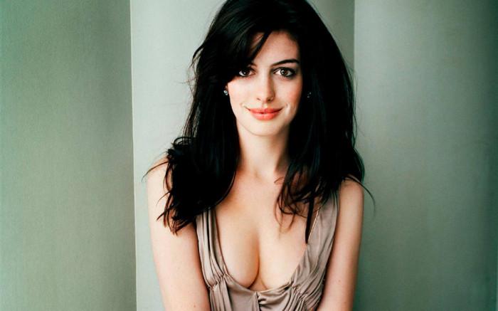 Anne Hathaway sarà Death