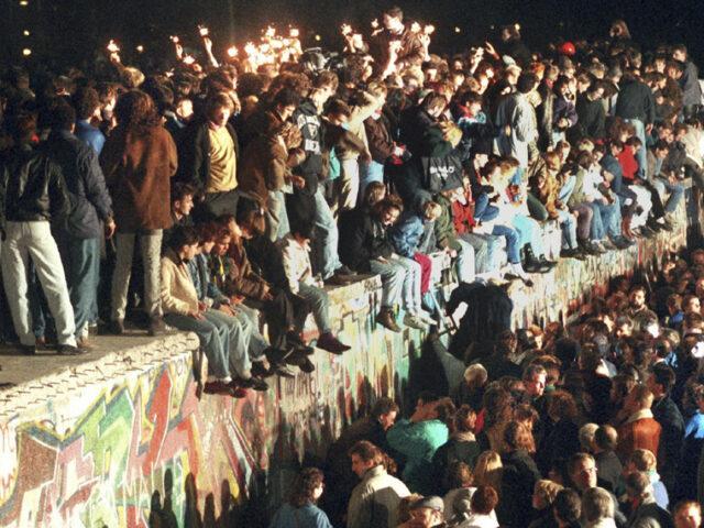 Accadde oggi (9 novembre): Caduta del Muro di Berlino