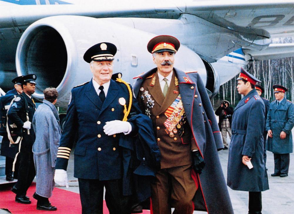 Scuola di polizia: Missione a Mosca - Christopher Lee