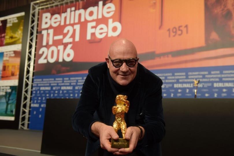 Orso d'oro per il miglior film a Fuocoammare di Gianfranco Rosi